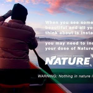 """Rake parodie op ons 21ste-eeuwse bestaan: """"De Natuur, vraag ernaar bij uw arts"""""""